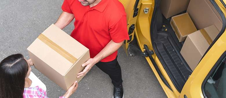 Freight Forwarders vs. Couriers – What's the Difference?