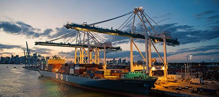 Advantages of Using a Freight Broker to Find Bulk Freight Carriers